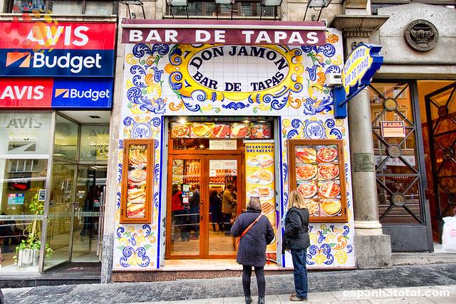 os melhores hotéis econômicos de Madri