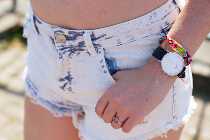 bershka shorts, daniel wellington watch, friendship bracelet