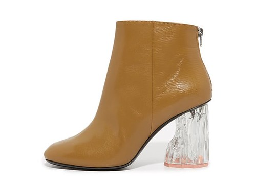 statement_boots_acne