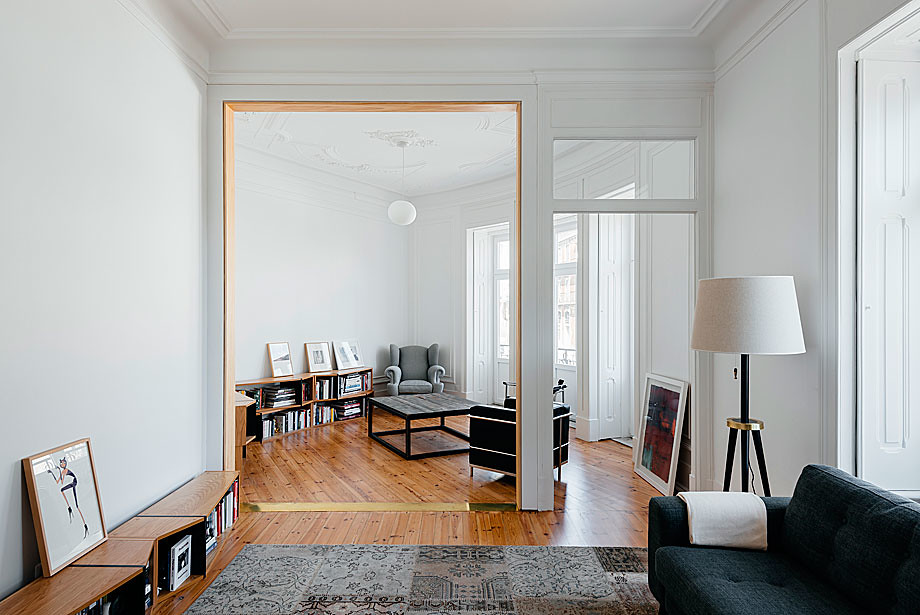 Classic apartment interior in the Lisbon Sundeno_08
