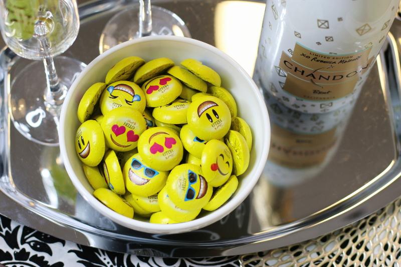 lindt-emoji-chocolate-smiley-faces-6