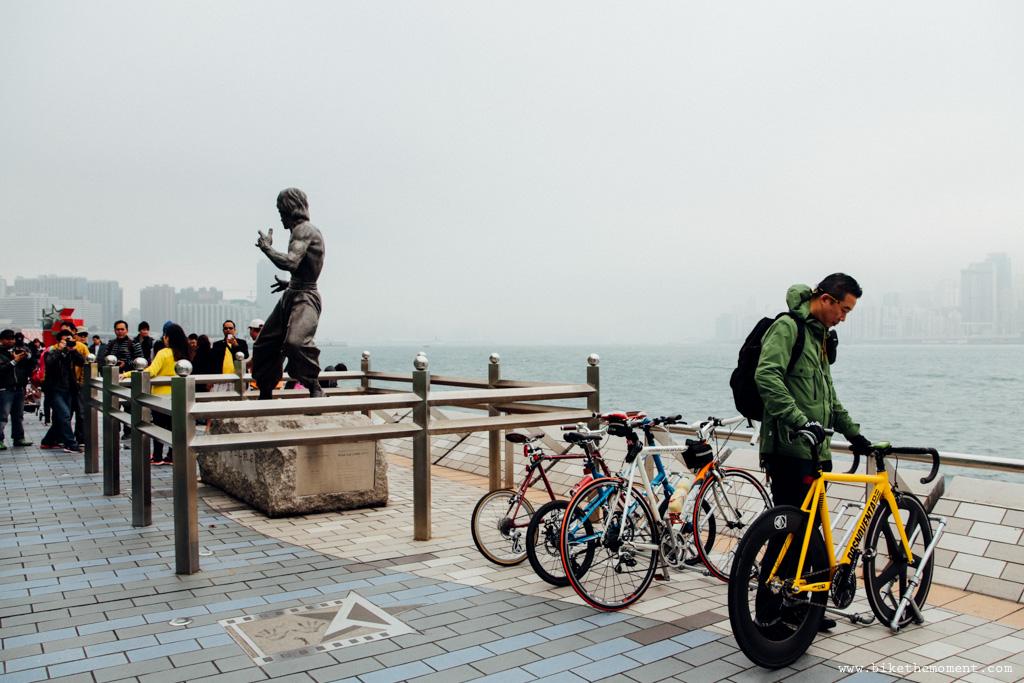 無標題  《假如讓我泊下去2 九龍中西篇》﹣香港市區單車位的幻想影集 18069424204 c12bff354f o