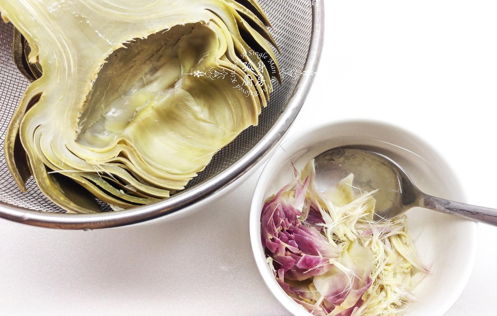 孤身廚房-青醬帕瑪森起司鑲烤朝鮮薊佐簡易油醋蘿蔓沙拉12