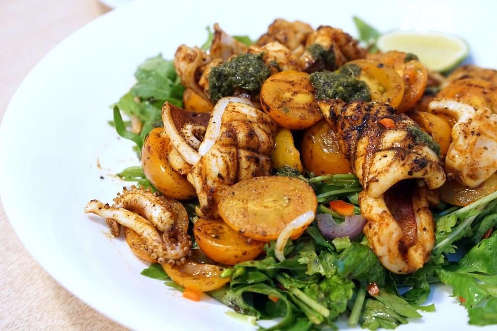Breadfruits @ Desa Sri Hartamas  Great choice for dinner - pork lovers -001