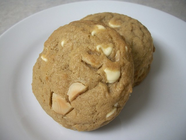 white chocolate mac nut cookies 14
