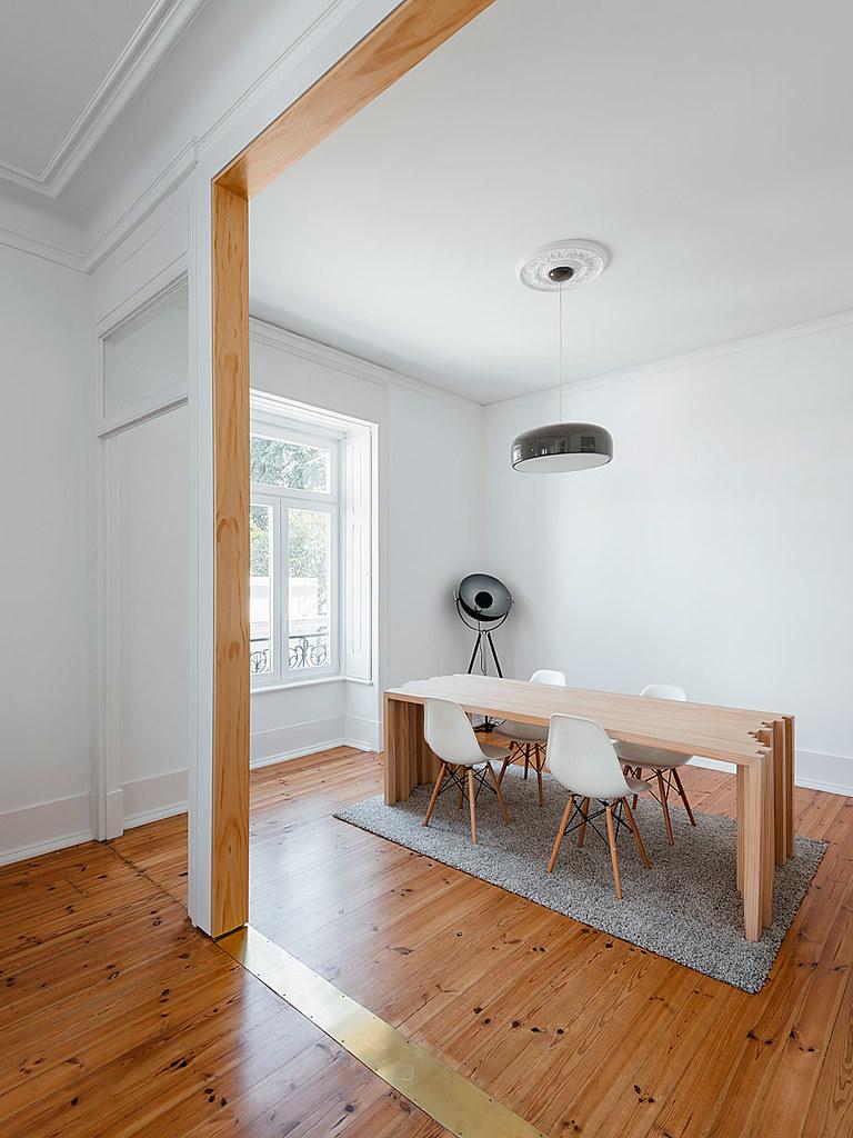 Classic apartment interior in the Lisbon Sundeno_11