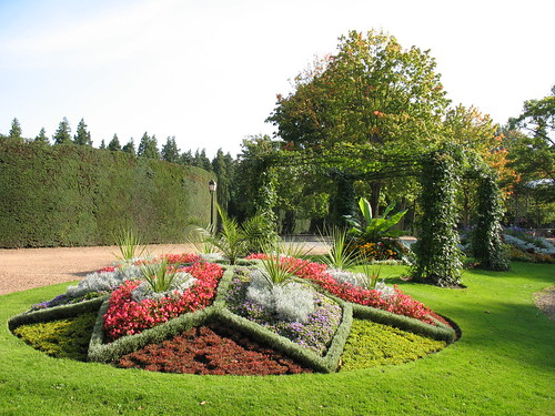 Metropolitan Gardens