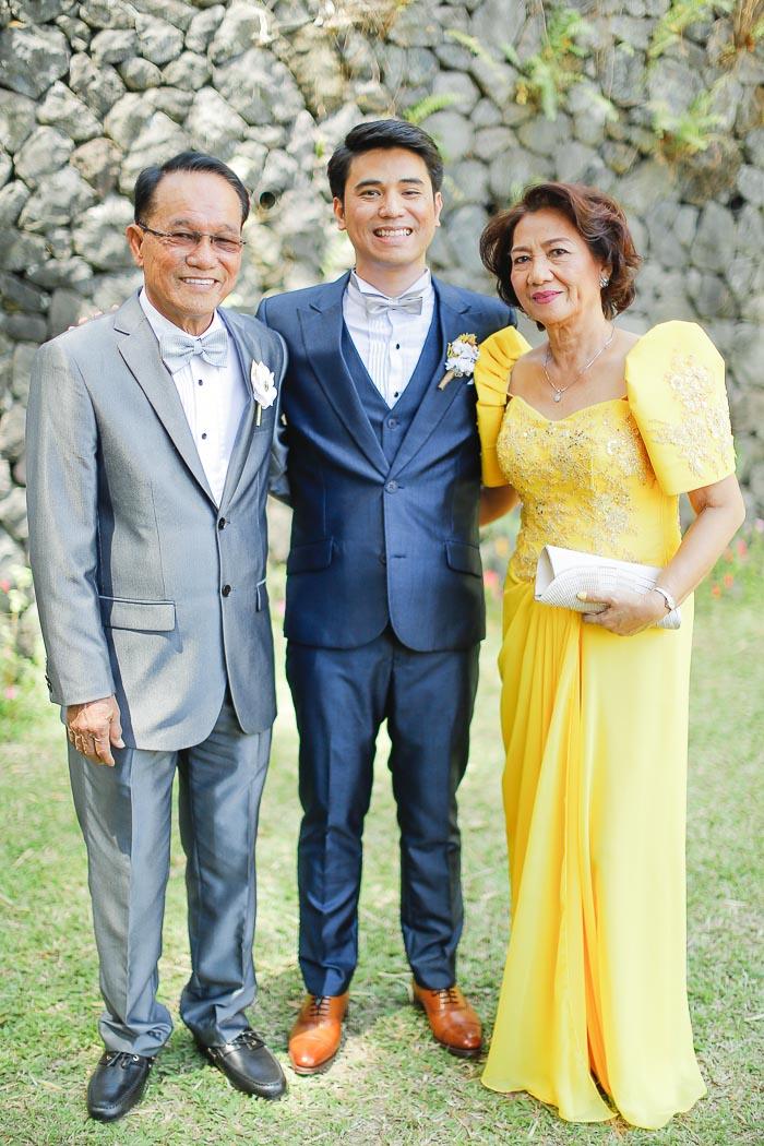 TAGAYTAY WEDDING PHOTOGRAPHER (20)