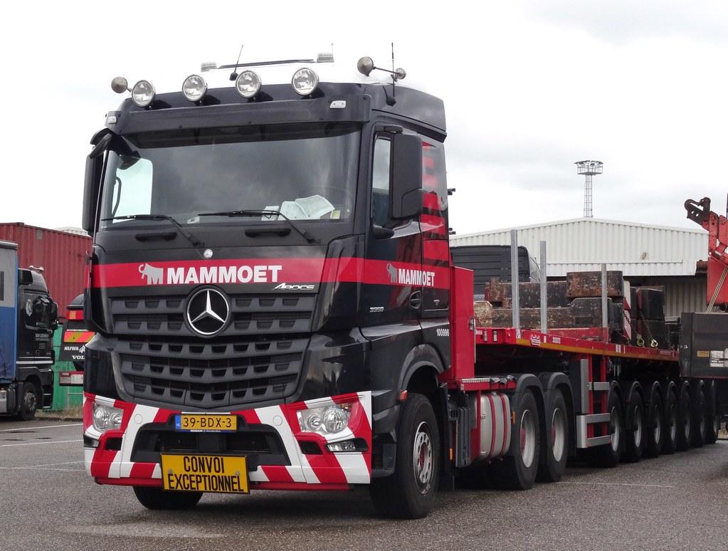 Mercedes Arocs 3358 Mammoet In Vlissingen Oost Met 7 As