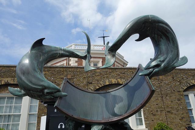 Dolphin sun dial
