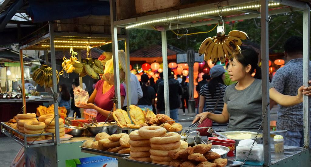 Street merchant Hoian