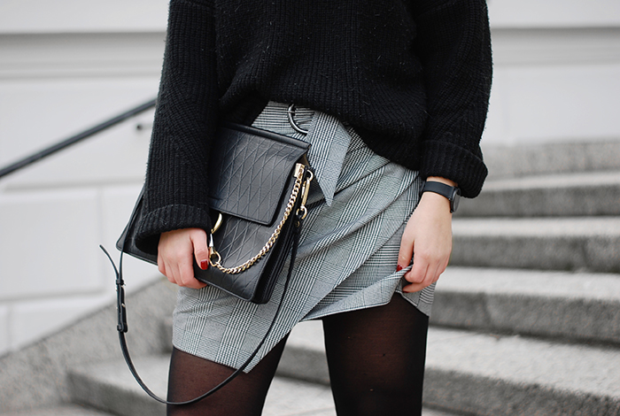 Checked-Skirt-Fashion-Week-5