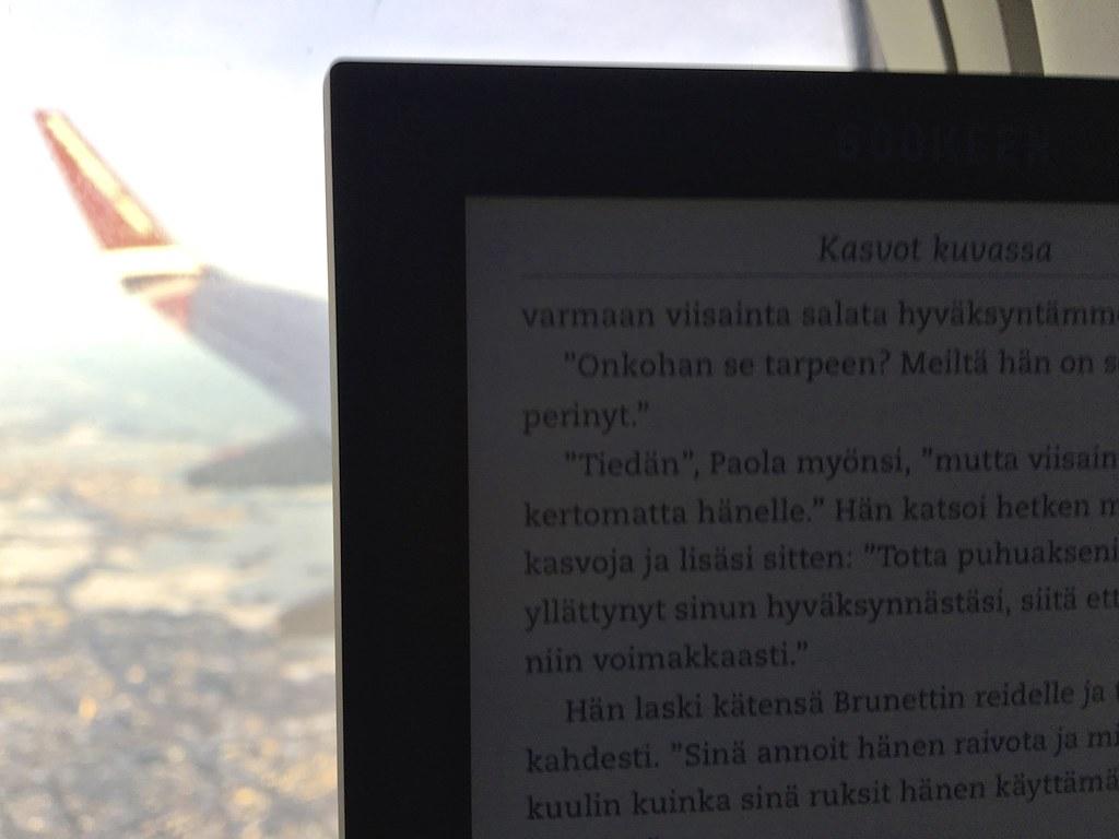 Elisa Kirjan Lukulaite Cybook Muse FrontLight