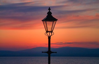 Streetlight and the Ardross Hills | by ccgd
