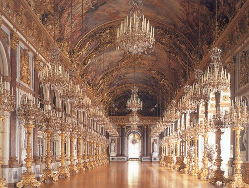Herrenchiemsee Castle The Great Hall Of Mirrors Along
