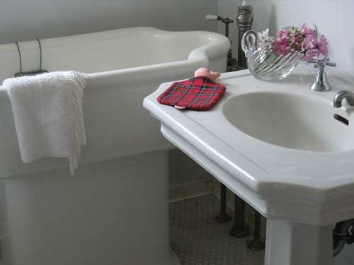baby bath sink this was at ardenwood the patterson fami flickr. Black Bedroom Furniture Sets. Home Design Ideas