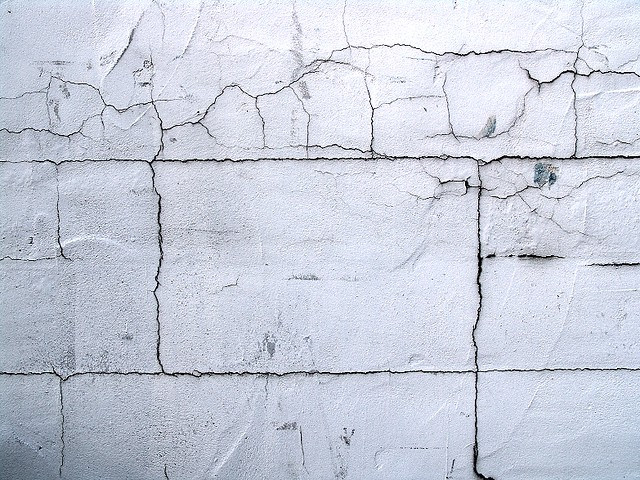 cracked white wall | zen Sutherland | Flickr