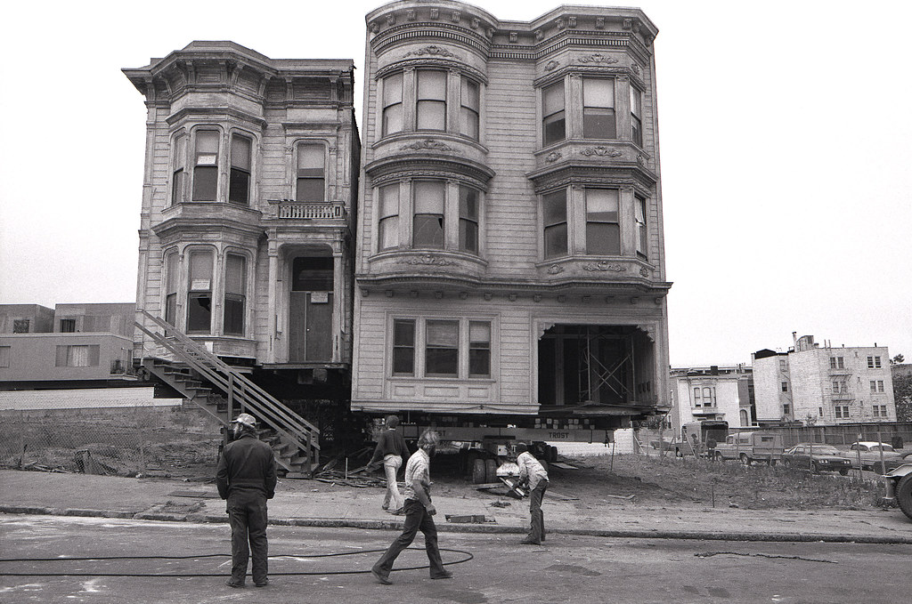 House movers san francisco ellis between scott and for San francisco victorian houses history