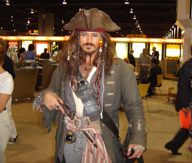 Johnny Depp Pirate loo...