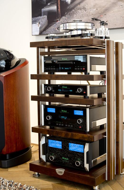 McIntosh en B&W bij Poulissen Audio Video Center | by Poulissen Audio Video Center