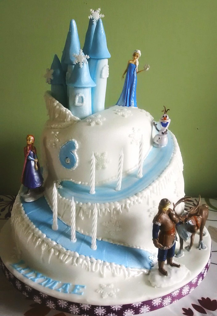 Fantastic Frozen Castle Birthday Cake Cath Field Flickr Funny Birthday Cards Online Overcheapnameinfo