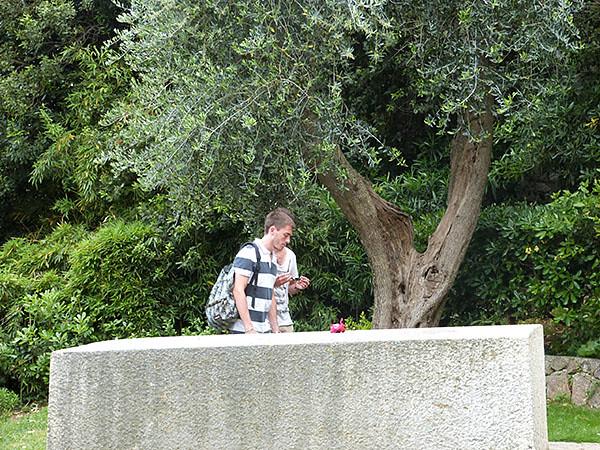 sur la tombe de Matissse