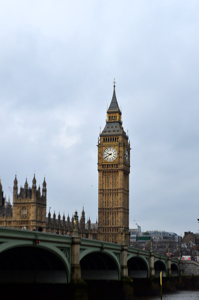 This is a photo of big ben and westminster bridge