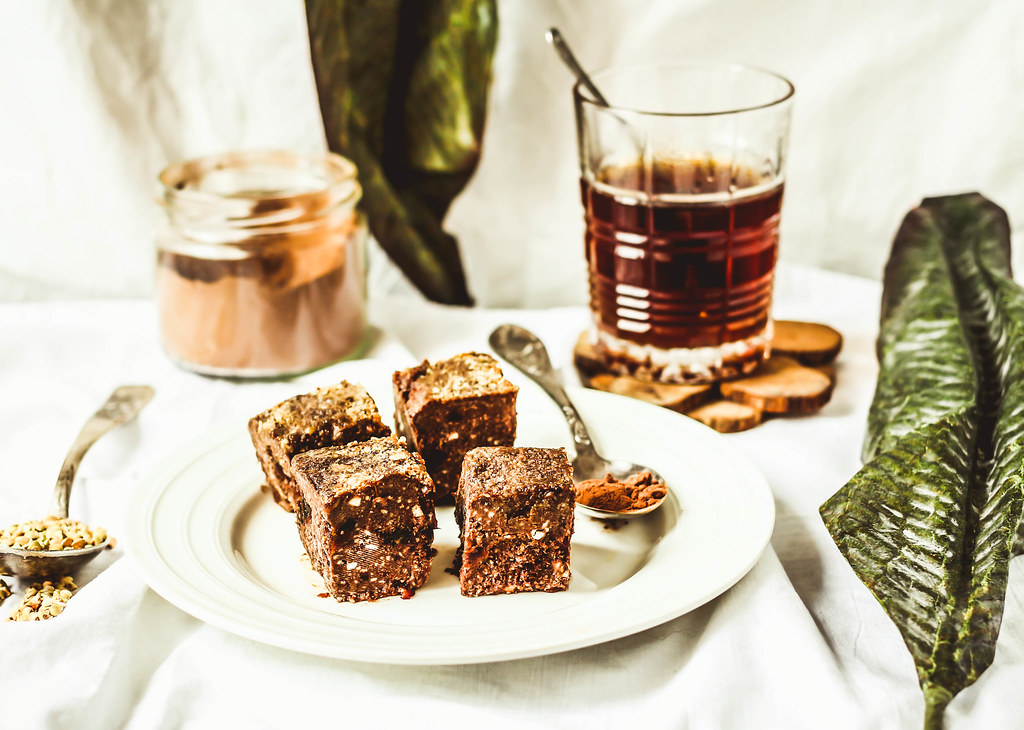 raw brownie with figs and green buckwheat, vegan diet
