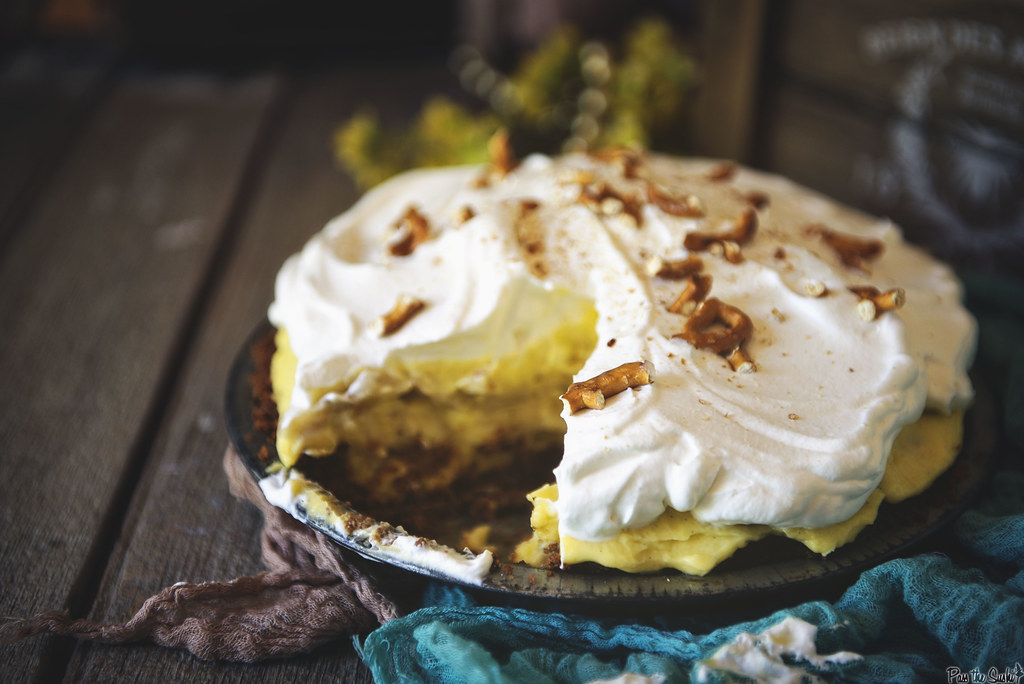 Homemade Banana Cream Pie \\ PasstheSushi.com