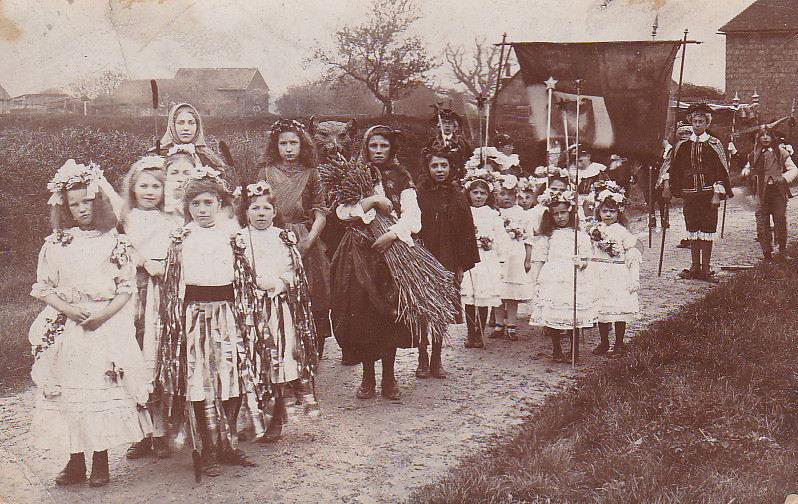Great Chart May Day, Kent, early 1900s.