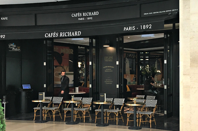 paris cafes richard opens  doors  skyavenue  genting highlands