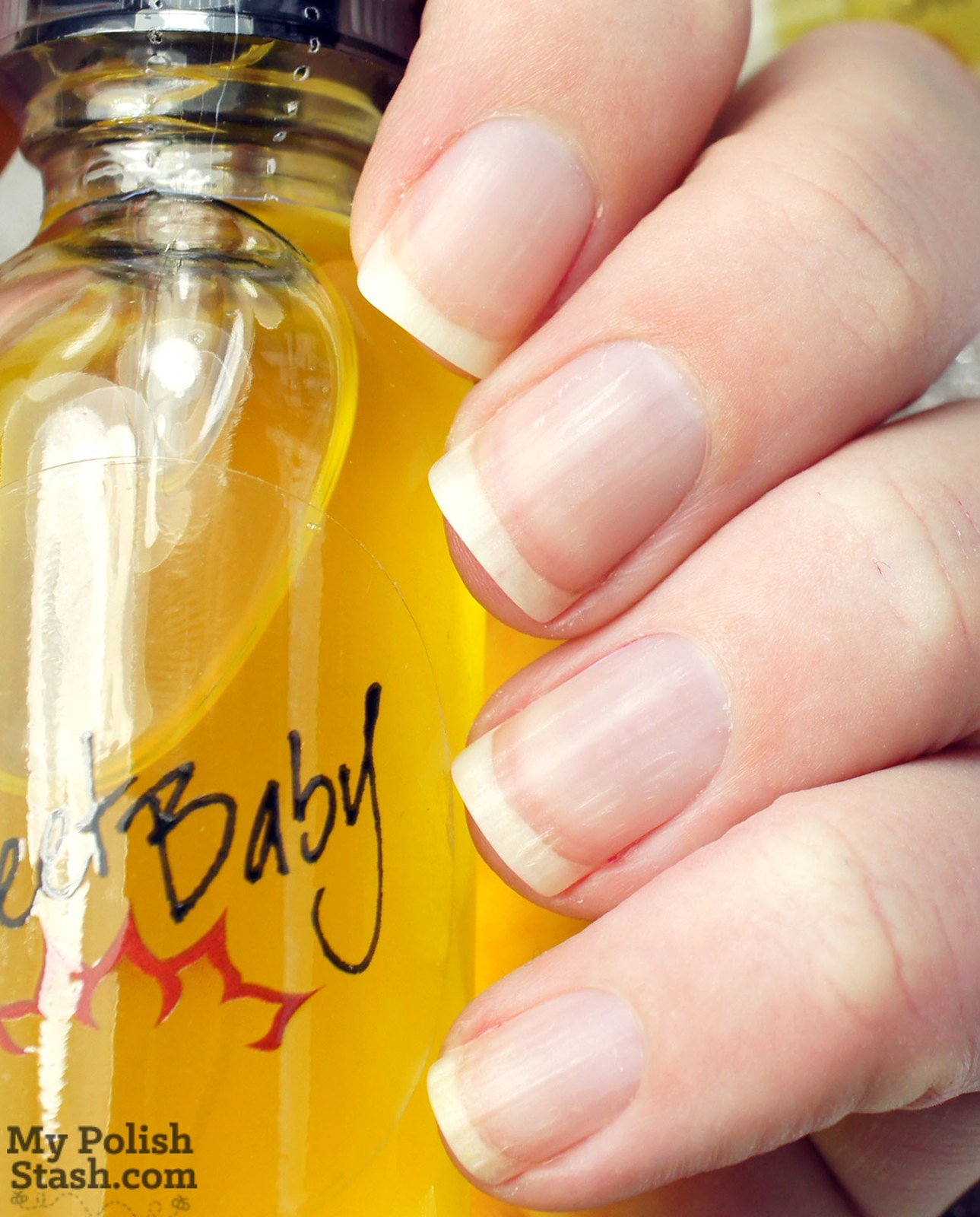 Bliss-Kiss-sweet-baby-nail-oil-before