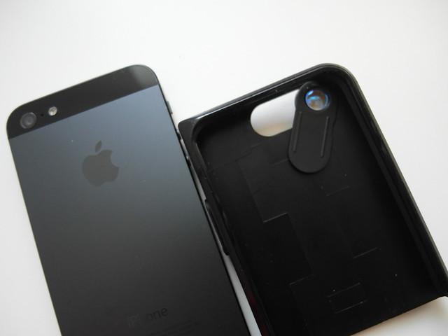 鏡頭是一片PVC上面嵌入鏡頭鏡片,要使用一般鏡頭就是推開切換@JDS link iPhone 超廣角雙色手機保護殼