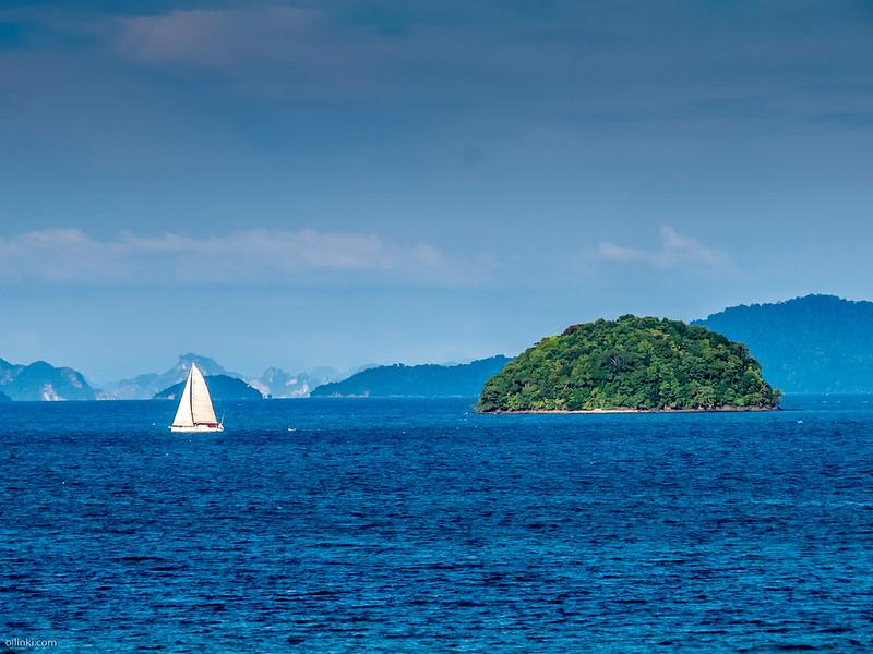 Sailing at Phanga bay, between Phuket and Krabi, Thailand