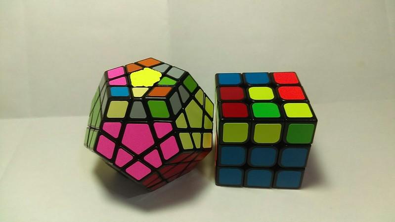 五魔方頂層解法-1