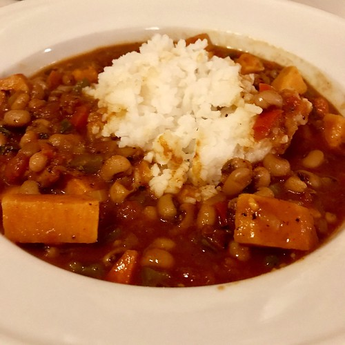 smoky black eyed pea veggie soup with rice