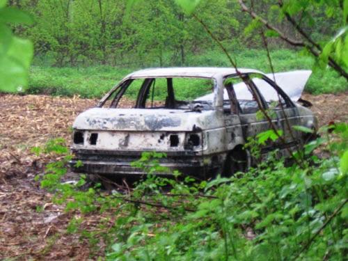 Rutigliano- Auto rubate e poi incendiate, o incidentate- BMW Incendiata UNO rubata (2)