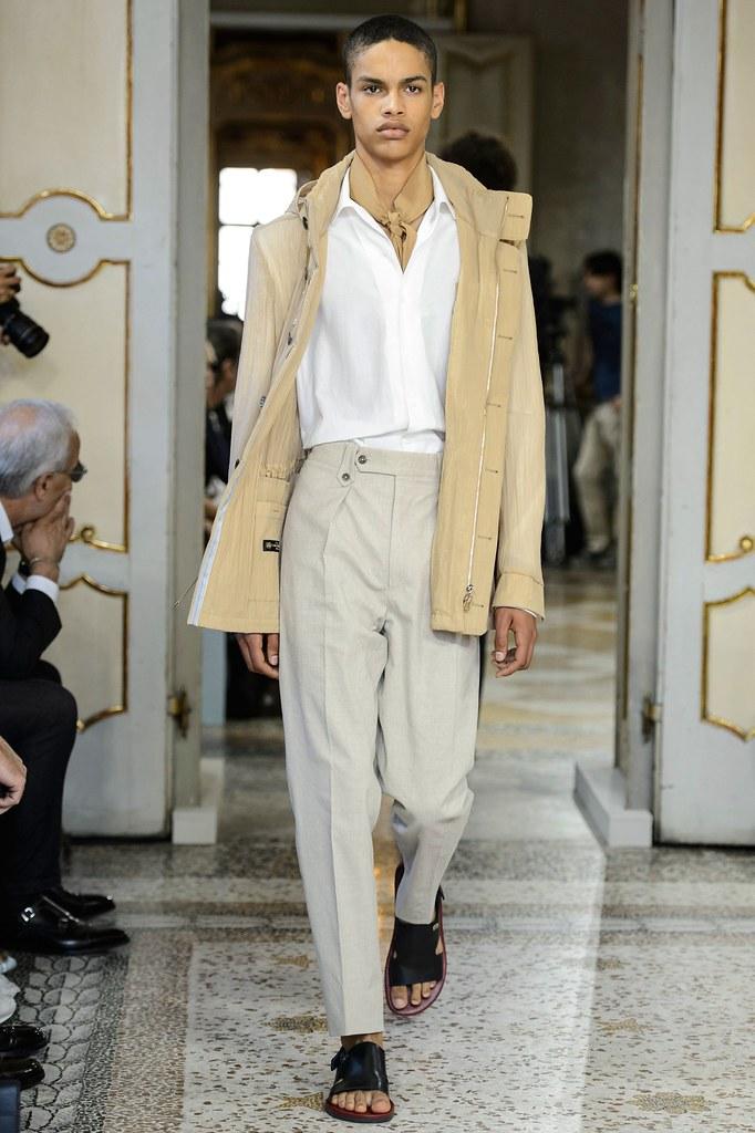 SS16 Milan Corneliani031_Noa Thomas(fashionising.com)