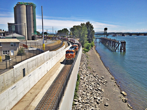 Rail -- Rail Trench at Port of Vancouver | by WSDOT