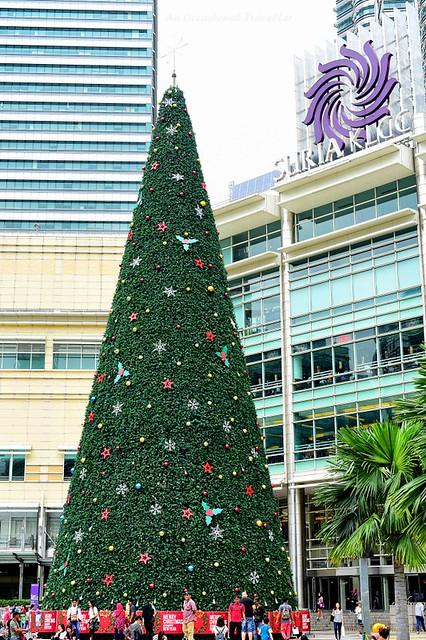 The 32 metre Christmas tree in Suria KLCC park