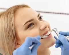 Como mantener una buena salud oral en la edad adulta