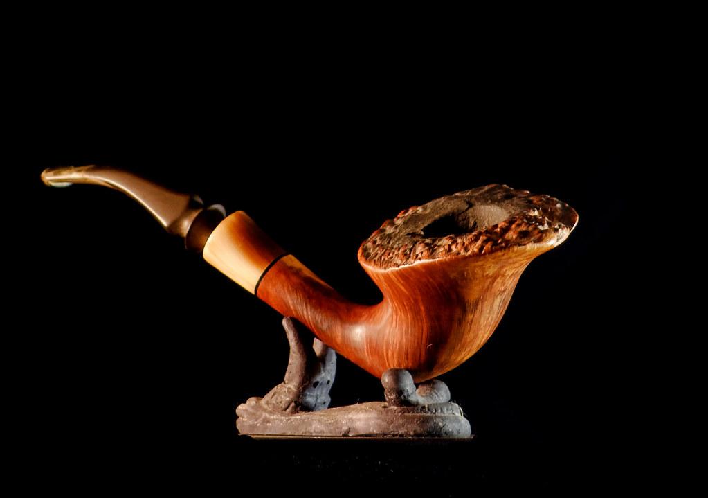 Pipes en bois. 32879132075_7d1ea7883a_b