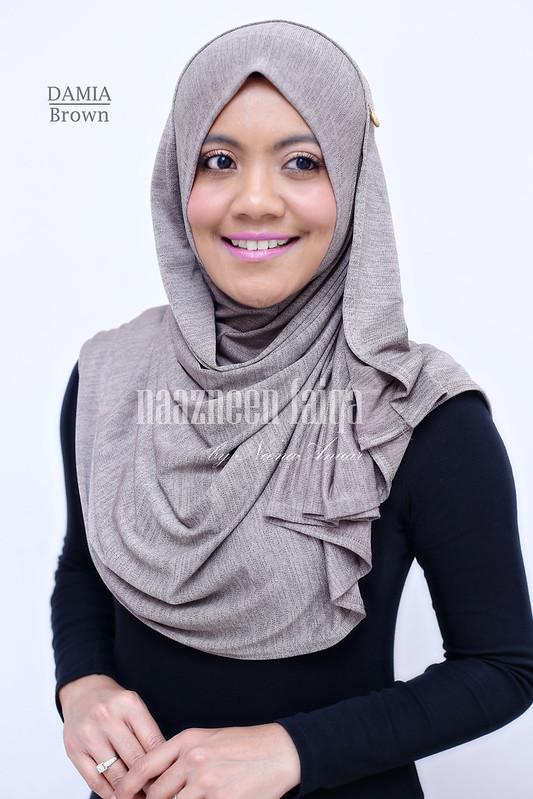 Damia (Brown)