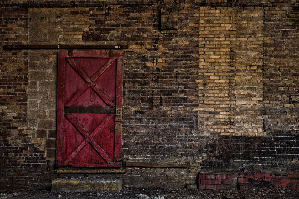 Monaca, PA: The Sixth Door