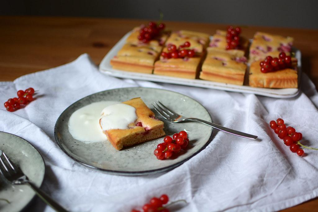 Ribisel-Kuchen-Joghurt