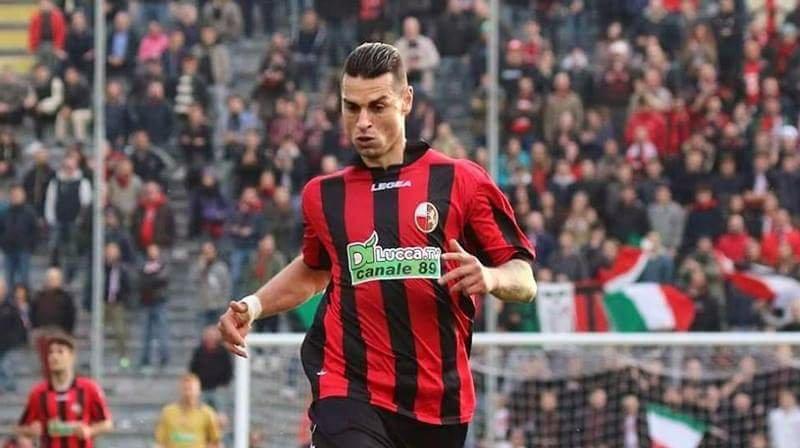Demiro Pozzebon, nuovo attaccante del Catania, con la maglia della Lucchese