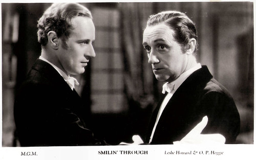 Leslie Howard and O.P. Heggie in Smilin' Through (1932)