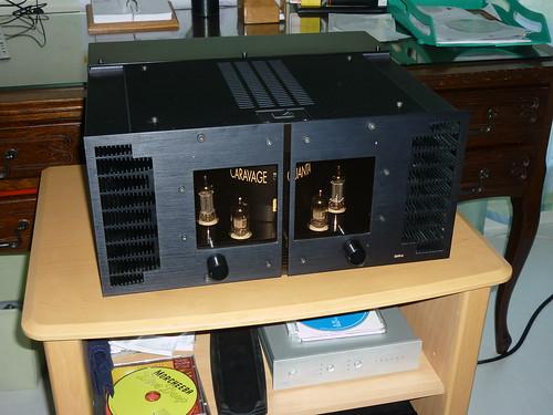 amplificateur hybride caravage quanta 44 2x50w en pure cla flickr. Black Bedroom Furniture Sets. Home Design Ideas