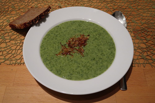 Grünkohl-Cremesuppe