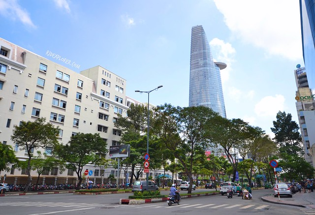 diy saigon city tour BITEXCO FINANCIAL TOWER – SAIGON SKYDECK